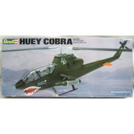 Revell Huey Cobra 1.32